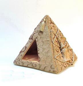 B&B - Culcus Piramida 48 x 48 x 50 cm